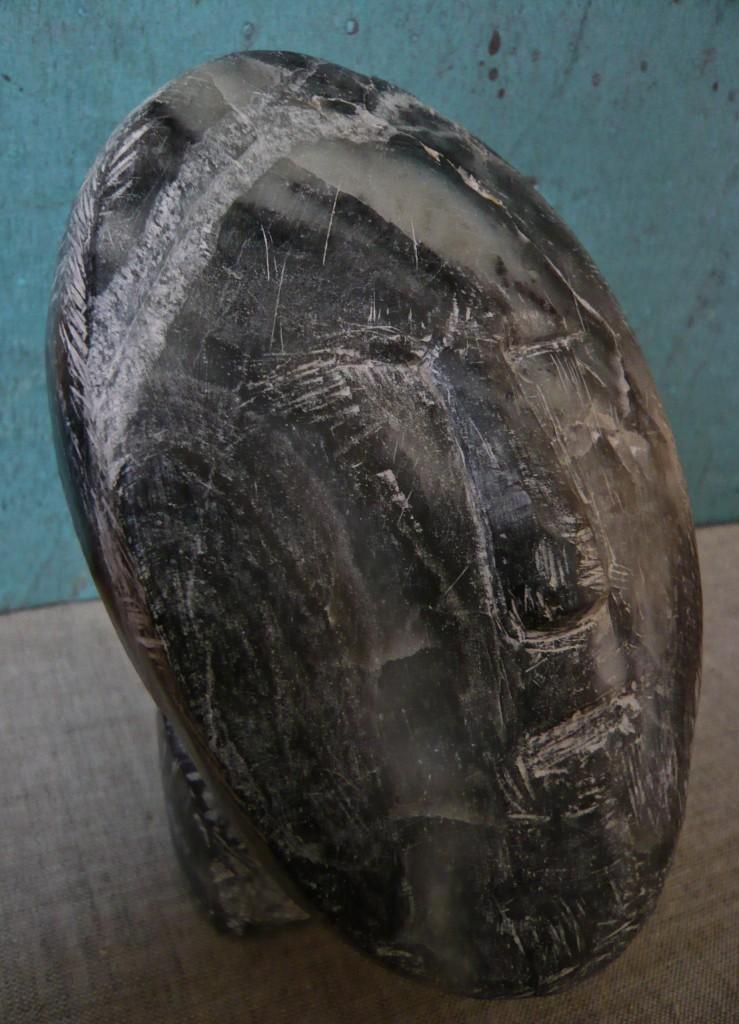 Schau Zu, 2006, Dunkler Stein, 15x12x12 cm